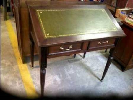 ameublement art de la table meubles occasion gond pontouvre. Black Bedroom Furniture Sets. Home Design Ideas