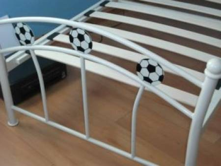Photos Vivastreet single football bed