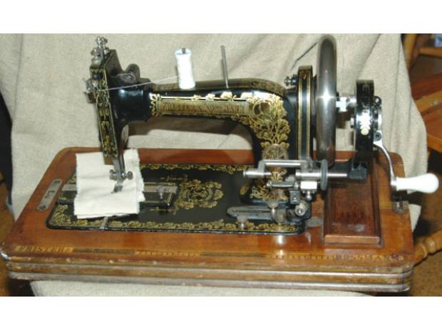 Photos for Used sewing machines