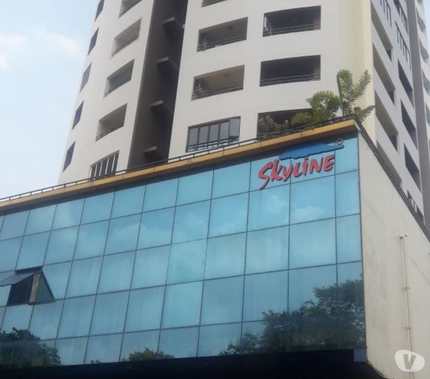 Houses & Flats for sale Kochi - Photos for Furnished 3 bed 1800 sq.ft Skyline flat near Mg road
