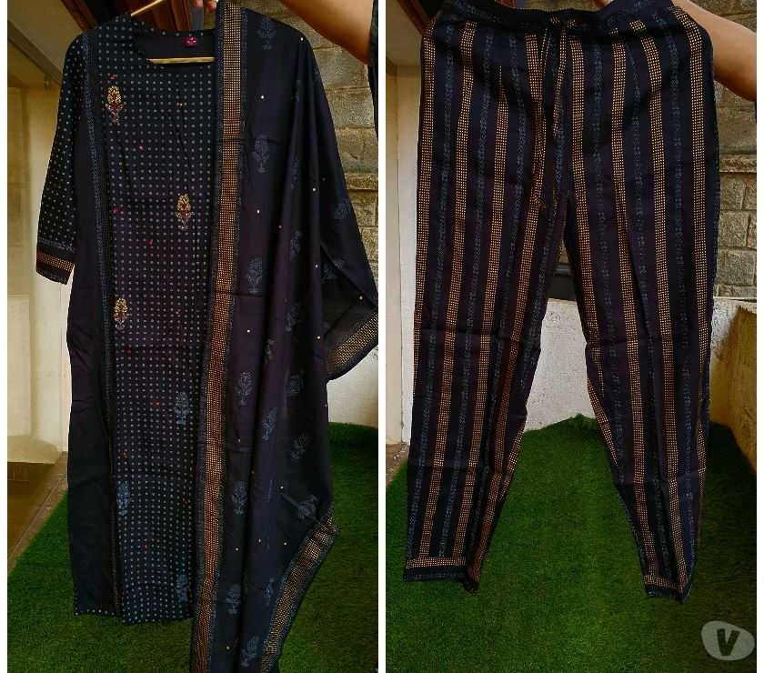 Buy & Sell Clothes Bangalore - Photos for Designer Kurtis , Salwar Suits in cotton , silk , muslins