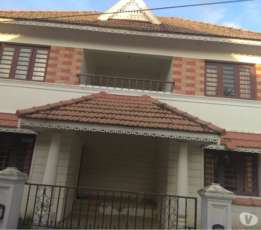 Photos for 4 bhk luxury villa Ready to occupy sales in Cochin near Vytt