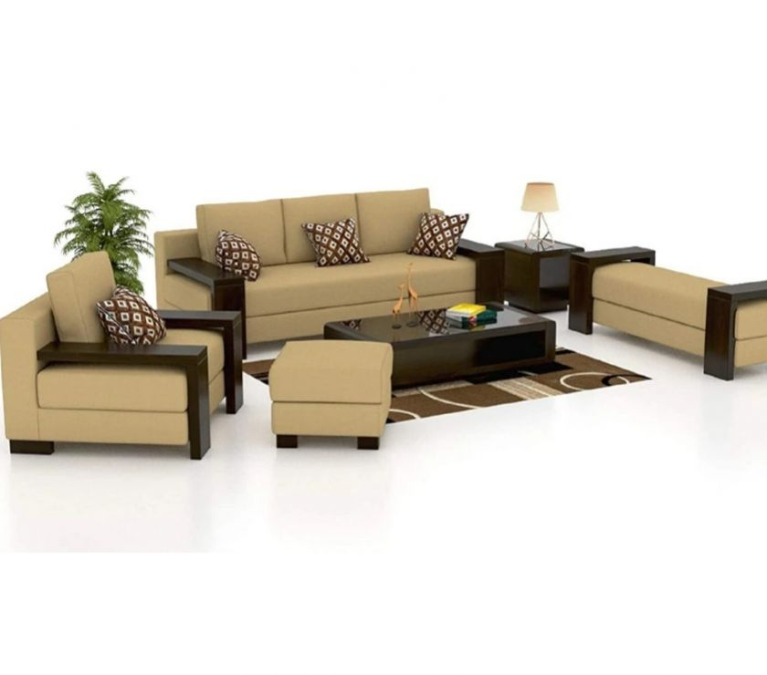 Used Furniture for Sale New Delhi - Photos for Make your home luxurious with a 6 seater sofa set.