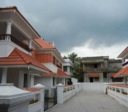 Photos for Ready to occupy 4 BHK luxury villas near Vyttila Ernakulum
