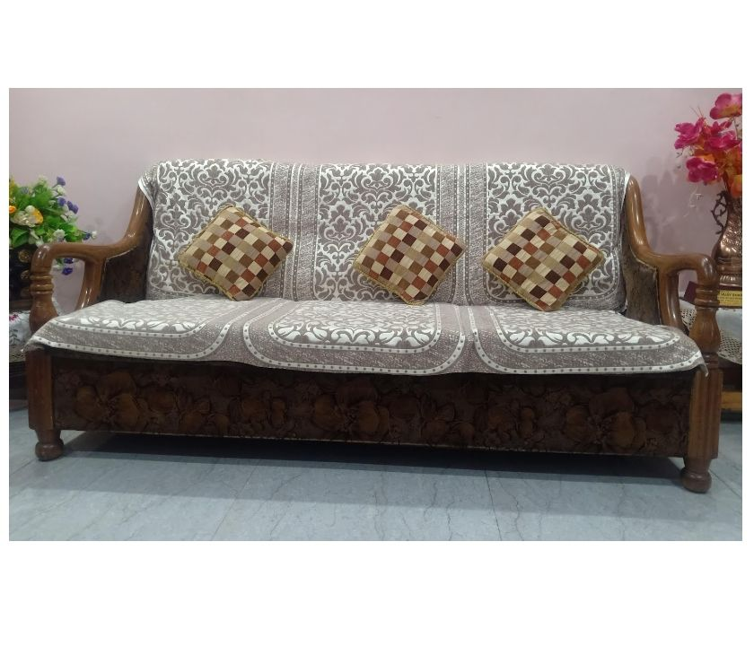 Used Furniture for Sale Chandigarh - Photos for Sofa Set Teak wood 5 seater