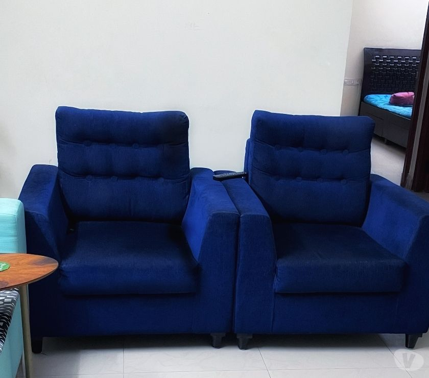 Used Furniture for Sale Bangalore - Photos for 2 Single Seater SofaAccent Chair